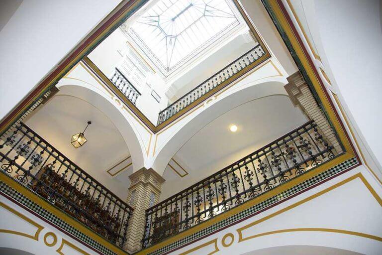 Edificio Tradicional Sevillano